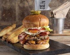 Το hangover burger του Άκη - Images