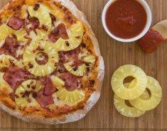 Πίτσα με ανανά (Hawaiian Pizza) - Images
