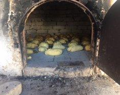 Παραδοσιακά οι φλαούνες ετοιμάζονται την Μεγάλη Πέμπτη  - Images