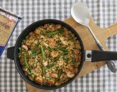 Πουργούρι με γάλα καρύδας, γαρίδες και σολομό - Images