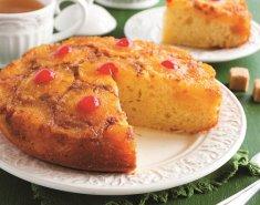 Γιορτινό κέικ αναπογύριστο με καραμελωμένο ανανά Del Monte Gold - Images