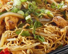 Noodles με κινέζικα λαχανικά Foodsaver και σόγια σως - Images