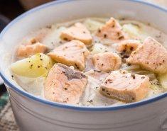Σούπα με σολομό και πάπρικα  - Images