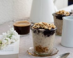 Overnight oats: κρέμα βρώμης με μαρμελάδα & φιστικοβούτυρο, για πρωινό - Images