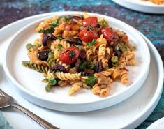 Ζυμαρικά με σάλτσα ψητών λαχανικών - Images