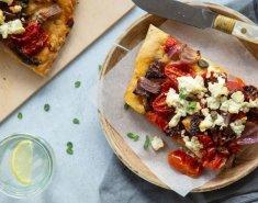 Λαδένια πίτσα με φέτα - Images