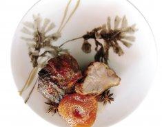 Χοιρινό με κομπόστα κυδώνι - Images