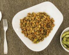 Quinoa Stir Fry και Edamame   - Images