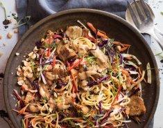 Κοτόπουλο με Satay noodles - Images