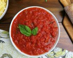 Σάλτσα με ντομάτα και βασιλικό - Images