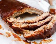 Καραμελωμένα spare ribs με bbq sauce και σαλάτα coleslaw - Images