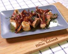 Καλαμαράκια Blue Island ψητά με σάλτσα λεμονιού - Images