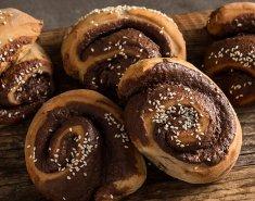 Ταχινόψωμα με σοκολάτα και κανέλα - Images