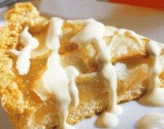 Τάρτα με μήλα και σάλτσα λευκής σοκολάτας - Images