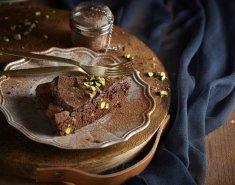 Σοκολατόπιτα με φιστίκια Αιγίνης - Images