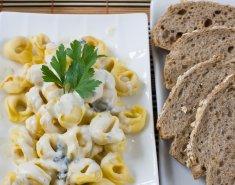 Τορτελίνι με gorgonzola  - Images