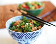 Noodles exotic food με τόνο και μπρόκολο - Images