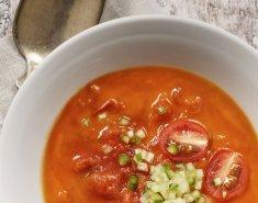 Nτοματόσουπα με φρέσκο βασιλικό  - Images