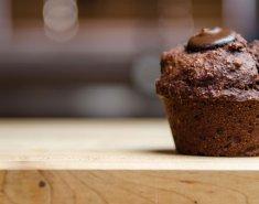 Κλασσικά σοκολατένια μάφινς - Images