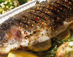 Ψάρι με λεμόνι, ρίγανη και σκόρδο - Images
